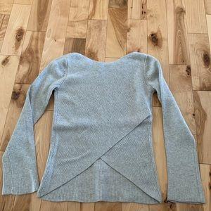 Aritzia grey long sleeve sweater